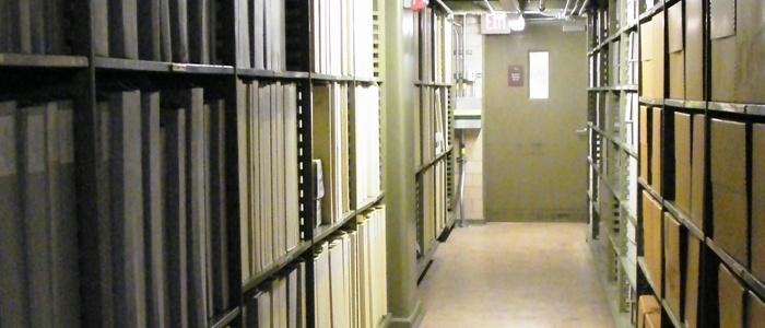 WikiXDC-National-Archives-Tour-Hall-Stierch-archive-document-control-software-1.jpg